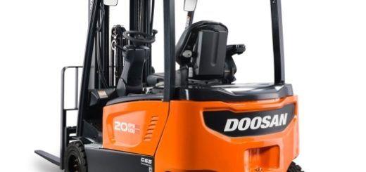 Стройрент – официален представител на складова техника Doosan