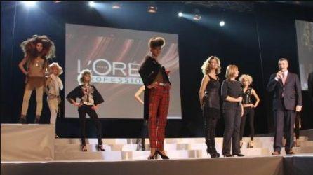 Сцена за фризьорско шоу и ревю на Loreal