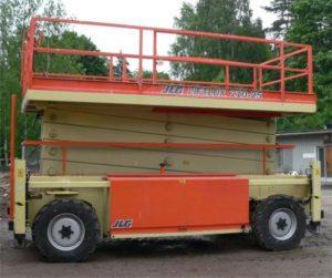 Вишка тип хармоника LIFTLUX 210-25 - 23 метра (дизелова)