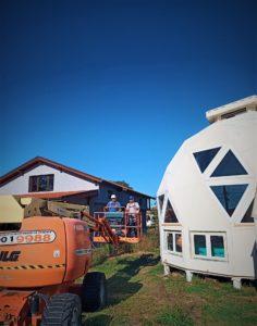 сферични геодезични куполни къщи с вишка от стройрент